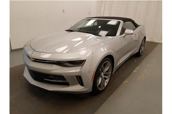 2018 Chevrolet Camaro 1LT Convertible - 2.0L Turbo - only 5,500 KM!